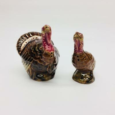 Rosemeade Pottery Turkeys Bird Pair Salt Pepper Shaker Set North Dakota USA