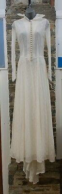 Vintage Retro Antique Beautiful Rare Womens Lace Wedding Dress Train Size 6 8
