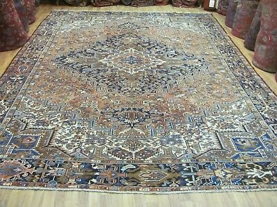 ANTIQUE FABULOUS HANDMADE HERIZ AZERBAIJAN PERSIAN CARPET (377 x 294 cm)