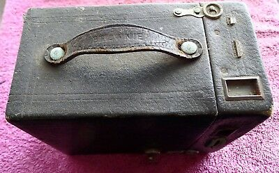 Vintage Box Brownie Camera Shutter Working  Nice Collectable