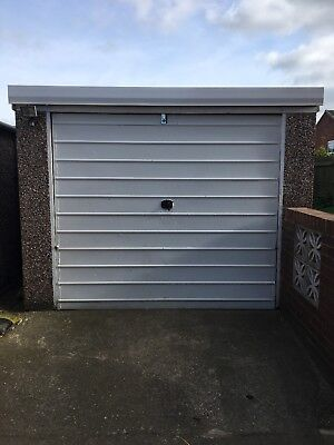 Concrete Garage 18x9.5 Feet