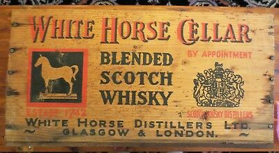 Vintage White Horse Cellar Blended Scotch Whiskey Distillers Wood Crate Box Logo