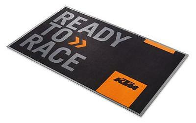 KTM READY TO RACE SERVICE PIT MAT Size: Approximately 3´3˝ x 5´6˝ 79012906100