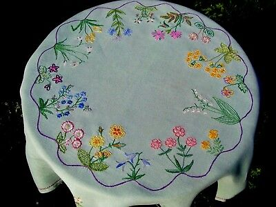 Gorgeous Vintage Hand Embroidered Tablecloth Spring Flowers Lily Of The Valley