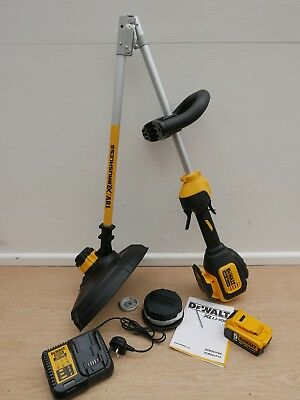 Dewalt 18V Xr Dcm561P1S 33Cm Split Shaft String Line Strimmer 1 X 5 Ah Kit