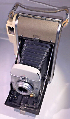 A classic Polaroid 80A 'Highlander' Land Camera for type 30 roll film from 1950s