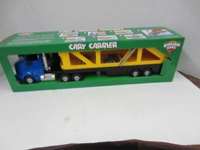 1998 The Chevron Cars CARY CARRIER Yellow Blue Semi Car Carrier NRFB
