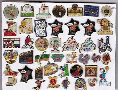 VOLLEYBALL lot de 43 pin's
