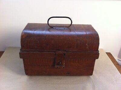NICE UNUSUAL SMALL DECORATIVE ANTIQUE PAINTED TINWARE TRUNK 11.5 inches