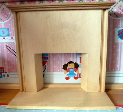 Vintage TYNIETOY Tynie Toy WOOD FIREPLACE MANTEL & HEARTH Dollhouse Miniature