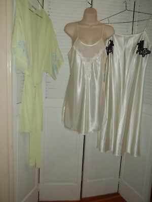 Lot Of Natori Lucie Ann Nightgowns One Robe Size M Polyester