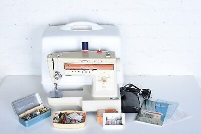 Singer Stylist 543 Sewing Machine Excellent Condition Accessories Case Extras