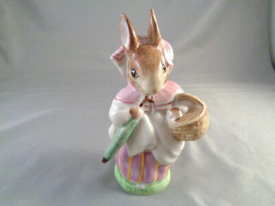 Beswick England Beatrix Potter Early Gold -Mrs  Rabbit
