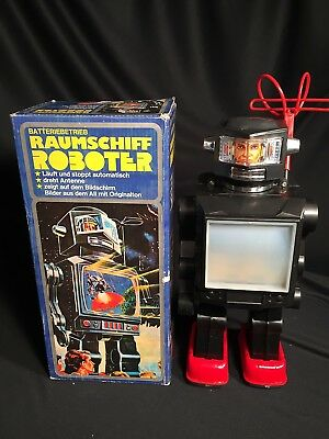 Space Toys Raumschiff Roboter in OVP um 1970