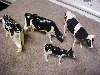 4 Old Vtg Collectible Plastic COW Figurines Farm Animals,hartland,nylint,ect