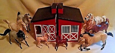 Breyer Horse Lot 6 Red Plastic Barn Various Scales As Is Arabian Palomino Colt.