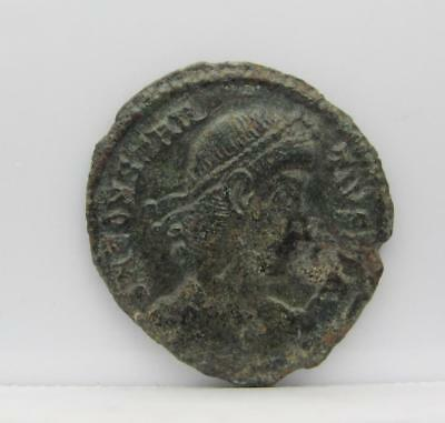 Constantine Family/first-Half 4Th Century A.d./ Extra Fine! Real Nice! Look! (2)
