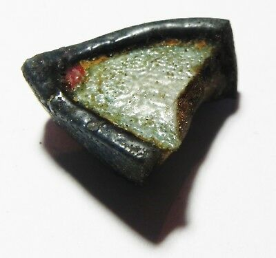 ZURQIEH -as5129- ANCIENT EGYPT -  GLASS FRAGMENT OF AN EYE. 1400 B.C