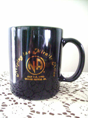 NARCOTICS ANONYMOUS MUG NA, KEEPING THE MIRACLE ALIVE,Grand Rapids,MI  1992