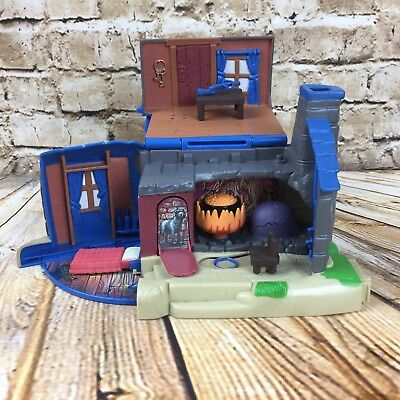 Harry Potter Hagrids Hut Playset Toy by Mattel