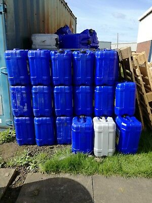 Used 20 Litre Plastic Water / Oil Drums
