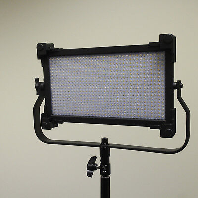 Fotodiox Pro LED 680ASV Bicolor Dimmable Photo/Video Light Factory Model