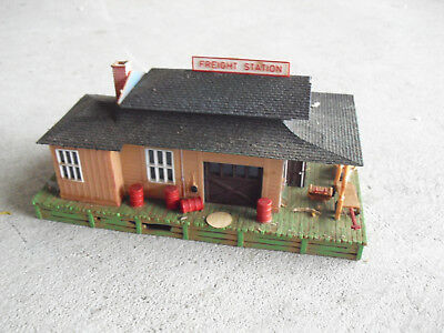 CAMPBELL HO SCALE L C L  Freight Station Wooden Building Kit