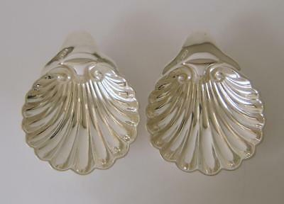 A Pair Of Antique Sterling Silver Clam Shell Shaped Dishes Sheffield 1917