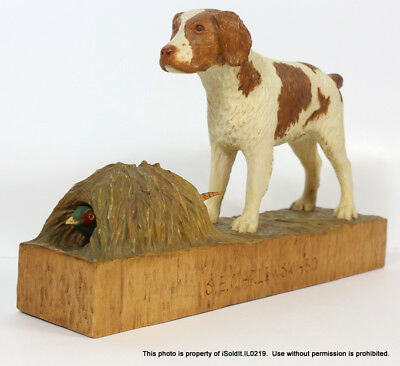 BRITTANY POINTER DOG CARVED WOOD ART SCULPTURE Pheasant Hunting c1980 Marlewski