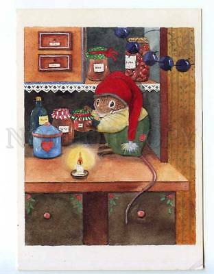 221877 FINLAND NEW YEAR dressed mouse as SANTA stealing jam