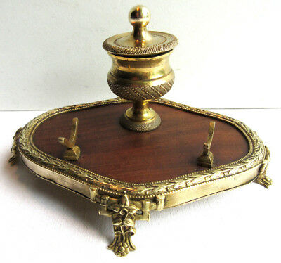 French Oval Office Inkwell, Gilt Bronze Carved Laurel and Rosewood, Napoleon III