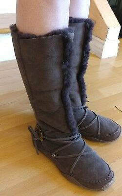 Women's Sorel Moccasin Style Boots Brown Suede Leather Size 8 RARE