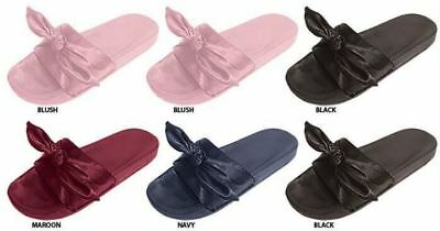 WOMEN'S SLIDE SANDALS WITH SATIN BOW > (Lot of 36 Pairs)