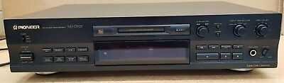 (pa2) Pioneer MJ-D707 MiniDisc Recorder / Player - With Remote