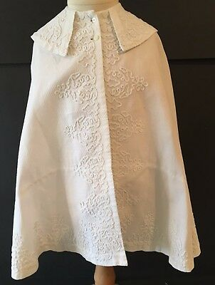 VINTAGE Girls Toddlers White Embroidered Christening Baptism Cape Poncho