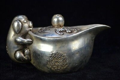 chinese Collectible Old tibet silver lovely pig & bat handwork Teapot antique