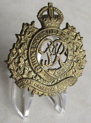 Royal Canadian Engineers R.C.E. King's Crown Cap Badge WWII WW2