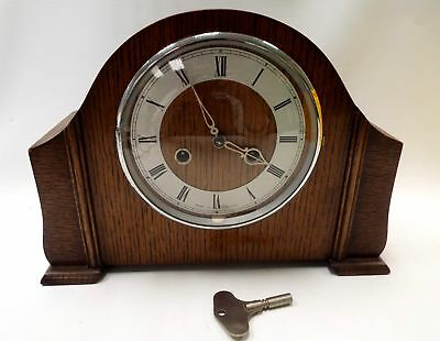SMITHS Mantle (Mantel) CLOCK In Wood Surround With Key  In WORKING ORDER - G27