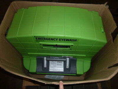 NEW Honeywell Sperian Pure Flow 1000 Emergency Eyewash Station (32-001000-0000)