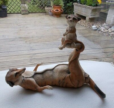 Country Artists : A Breed Apart Meerkats : Amber & Nipper 04442