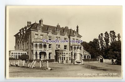 h1710 - Isle of Wight - Bembridge, The Royal Spithead Hotel, c1930s - Postcard