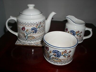 "Boots ""camargue"" Teaset Teapot, Milk Jug And Sugar Basin Earthenware British"