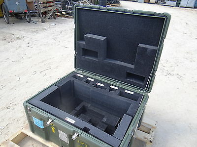 Pelican Hardigg Storage Container Case 33 X 26 X 19 Chest Tool Box Transport