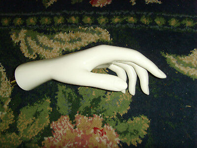 GUC White womens mannequin hand nice fingers jewelry store display art replace