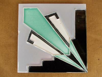 493 / TUBE LINED 1920s - 1930s ART DECO WALL TILE MADE BY CAMPBELL TILE Co.
