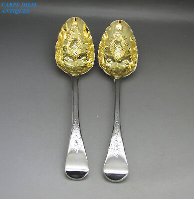 ANTIQUE GEORGIAN PAIR OF SOLID STERLING SILVER GILDED BERRY SPOONS, 133g WE 1818