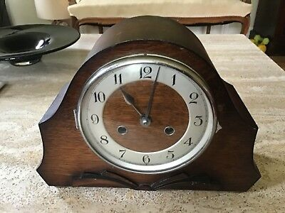 Vintage Art Deco Chiming Mantle Clock Wit Key And Pendulum For Spares Or Repair