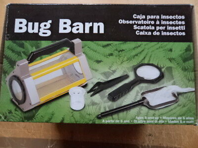 Real Life Bugs & Insects Educational Toy - BUG BARN with accessories Included