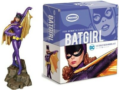 Moebius Models 1012 1:5 1966 Batman TV Series Batgirl (Resin)