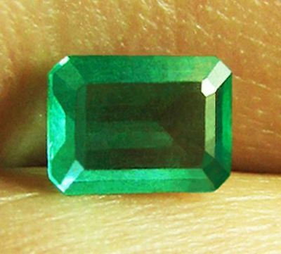 1.46 ct Natural Earth Mined Emerald Certified No Reserve